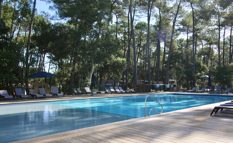 Piscine chauffée Camping Green Resort